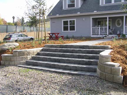 Entry way steps and retaining wall